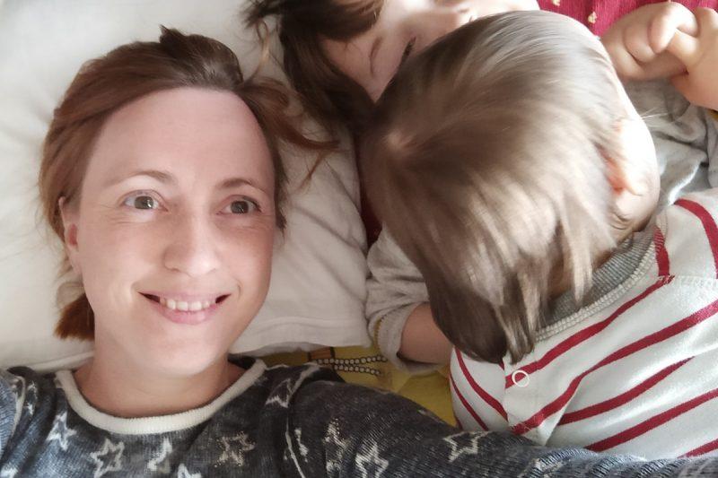 Kleine Momente des Mutterglücks