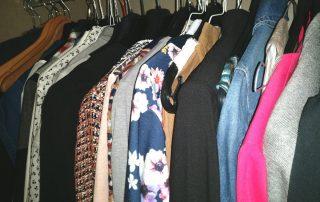 Der Online-Stylist stellt dir ein Outfit zusammen