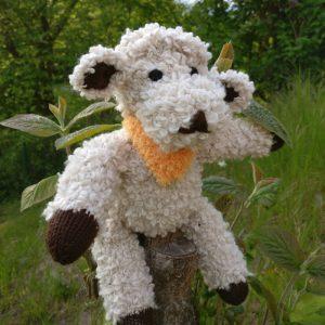 Handgemachtes Schaf Stofftier gestrickt