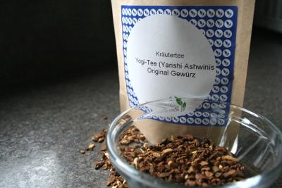 Eistee Rezepte: Iced Chai Tee Latte aus Yogi Tee