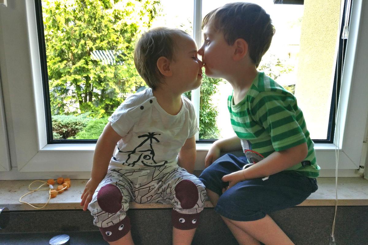 Kindoo Kinderkleidung mieten