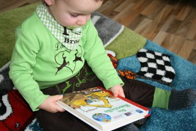 Bequeme und robuste Tracht für Kinder von Mörpel