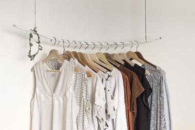 Minimalistische Garderobe spart Zeit, Geld und Nerven