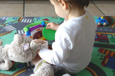 Pflegeleichte bio Baby Bodys von Tom und Jenny