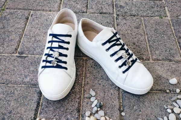 Sneakers verschönern mit Schneaker-Schmuck