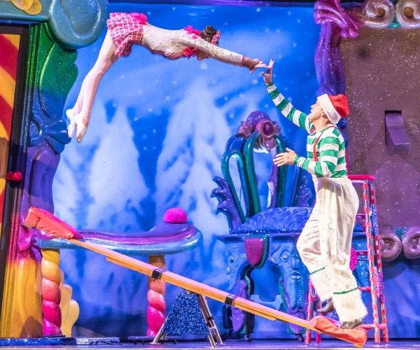 Akrobaten im Zirkus