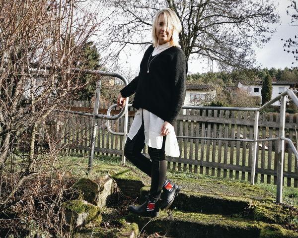 Outfit Chelsea-Boots mit Lederhose