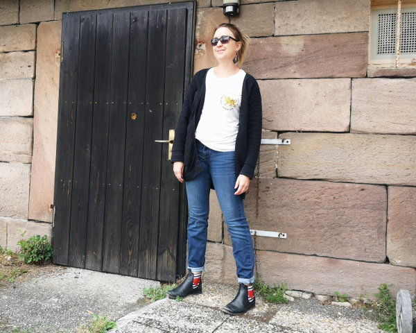 Casual Outfit Chelsea-Boots mit Jeans