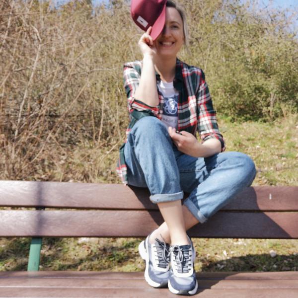 Rollingsoft Sneaker lässig gestylt mit Jeans